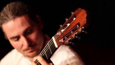 Luciano Marziali plays Perosino